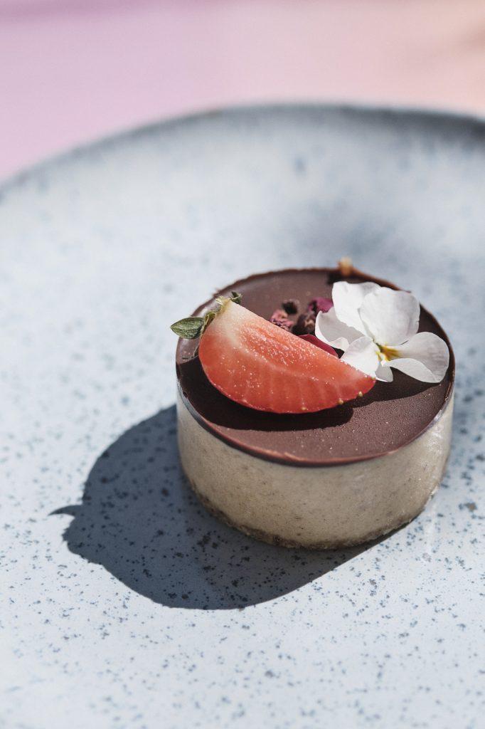 Von Georgia - Artisanal Vegan Desserts & Cakes, Berlin - Photos by Brix & Maas for Antagonist