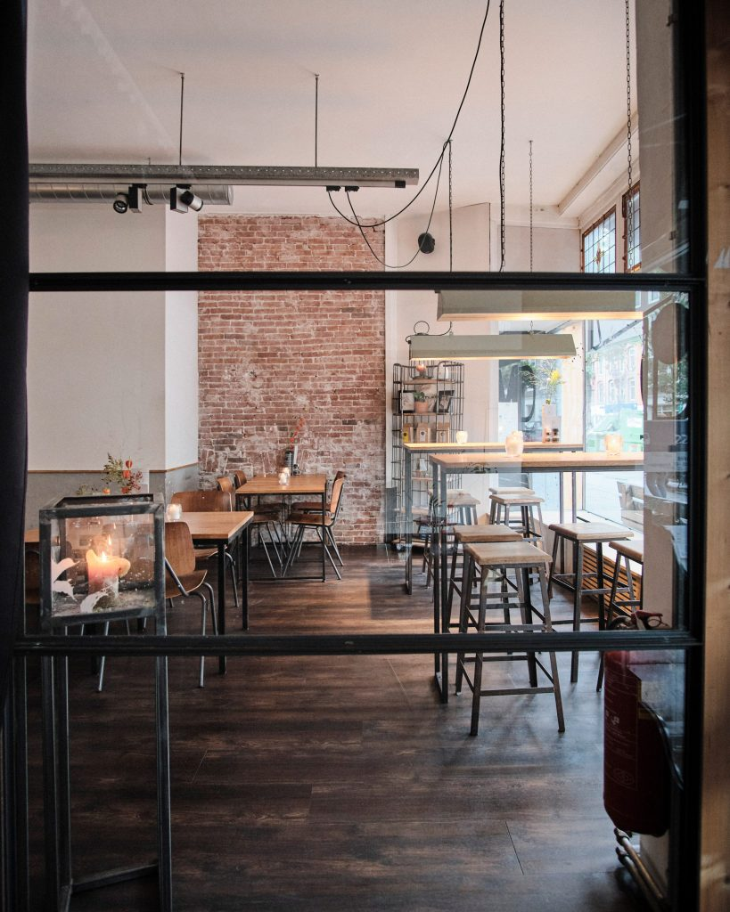 Amsterdam Minute - Vegan Travel - Restaurant / Eatery Meatless District - Photo: Brix and Maas for Antagonist