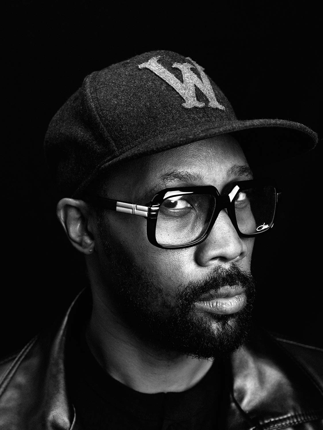 Wu Tang Clan Rapper / Producer RZA and his path to veganism – shot by Lukas Maeder for Vegan Good Life Magazine, re-published by Antagonist